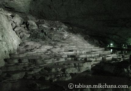 日本屈指の大鍾乳洞